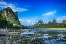 Lijiang-Blick-flussaufwärts