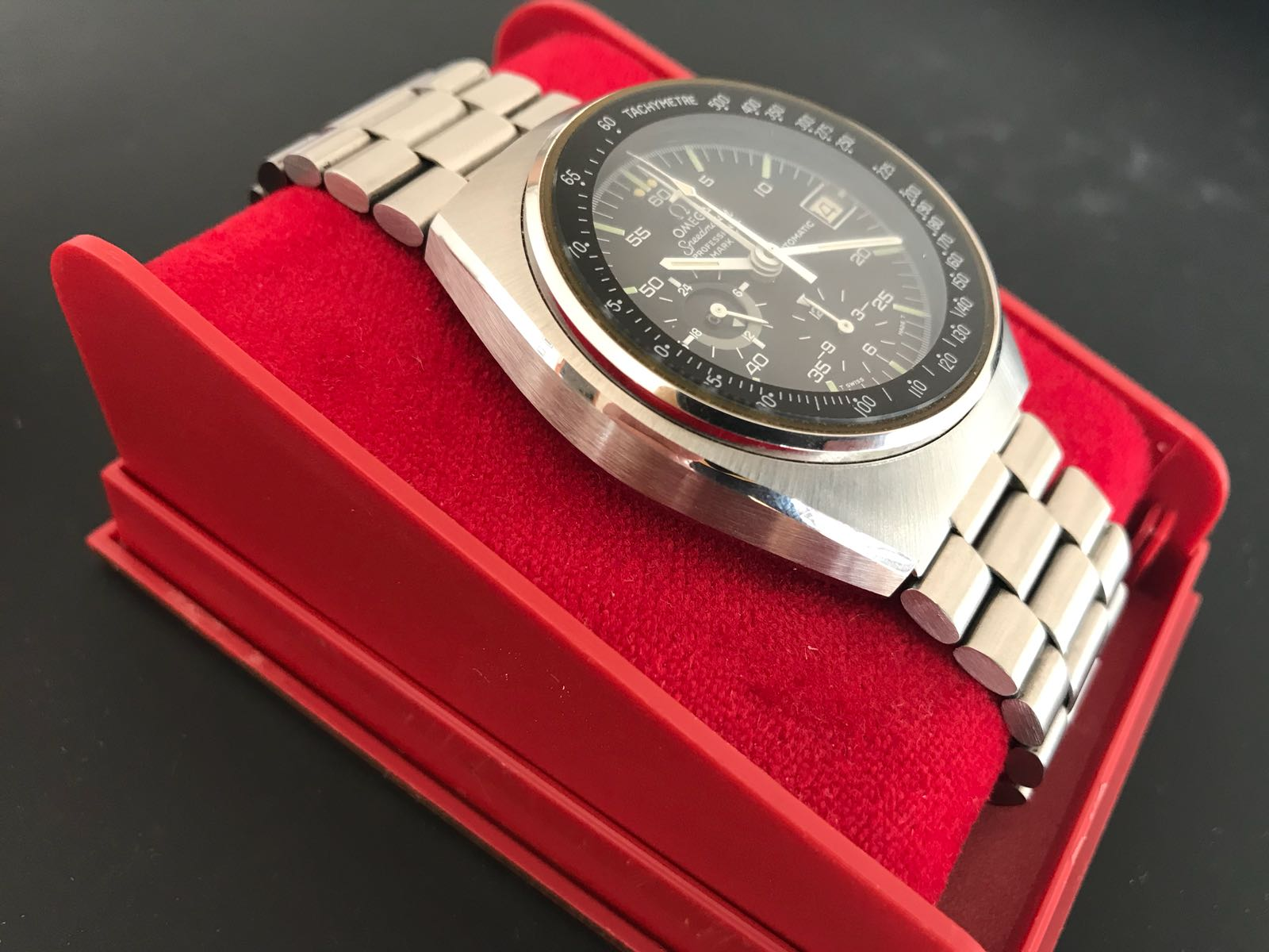 Red 1 Next To Time Capsule Omega Speedmaster Mark Iv Time Capsule Kinda Omega Forums