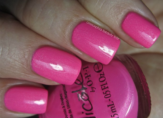 NOPI Still into Pink & tc swatch 2
