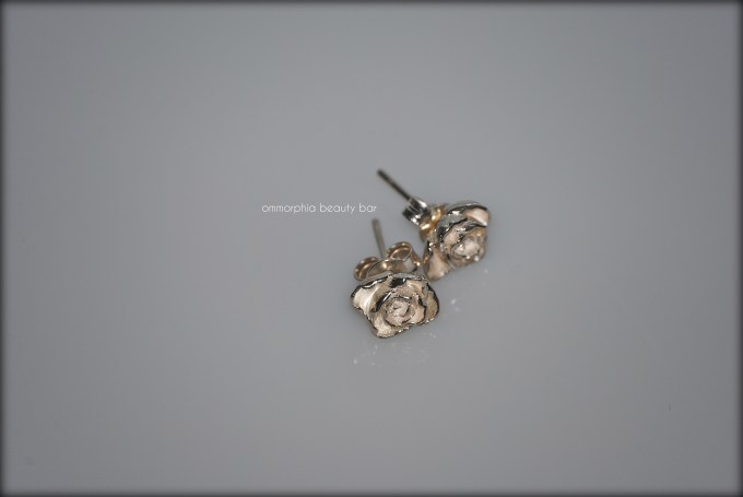a-england roses earrings 2