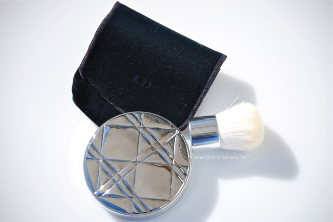 Dior Golden Shimmer Powder pouch