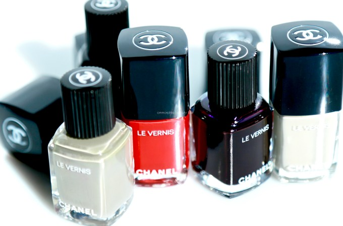 CHANEL new polishes closer
