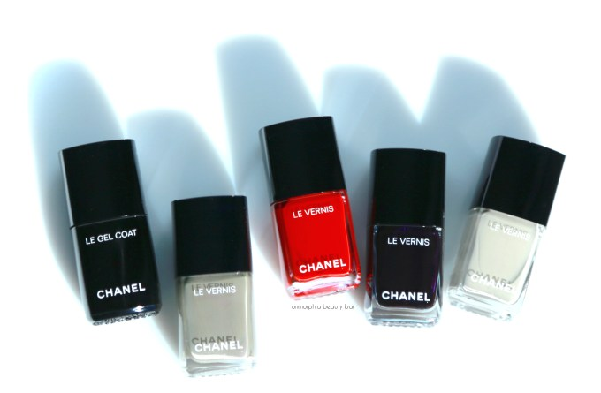 CHANEL new polishes opener