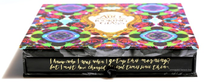 UD Alice Through the Looking Glass closed palette