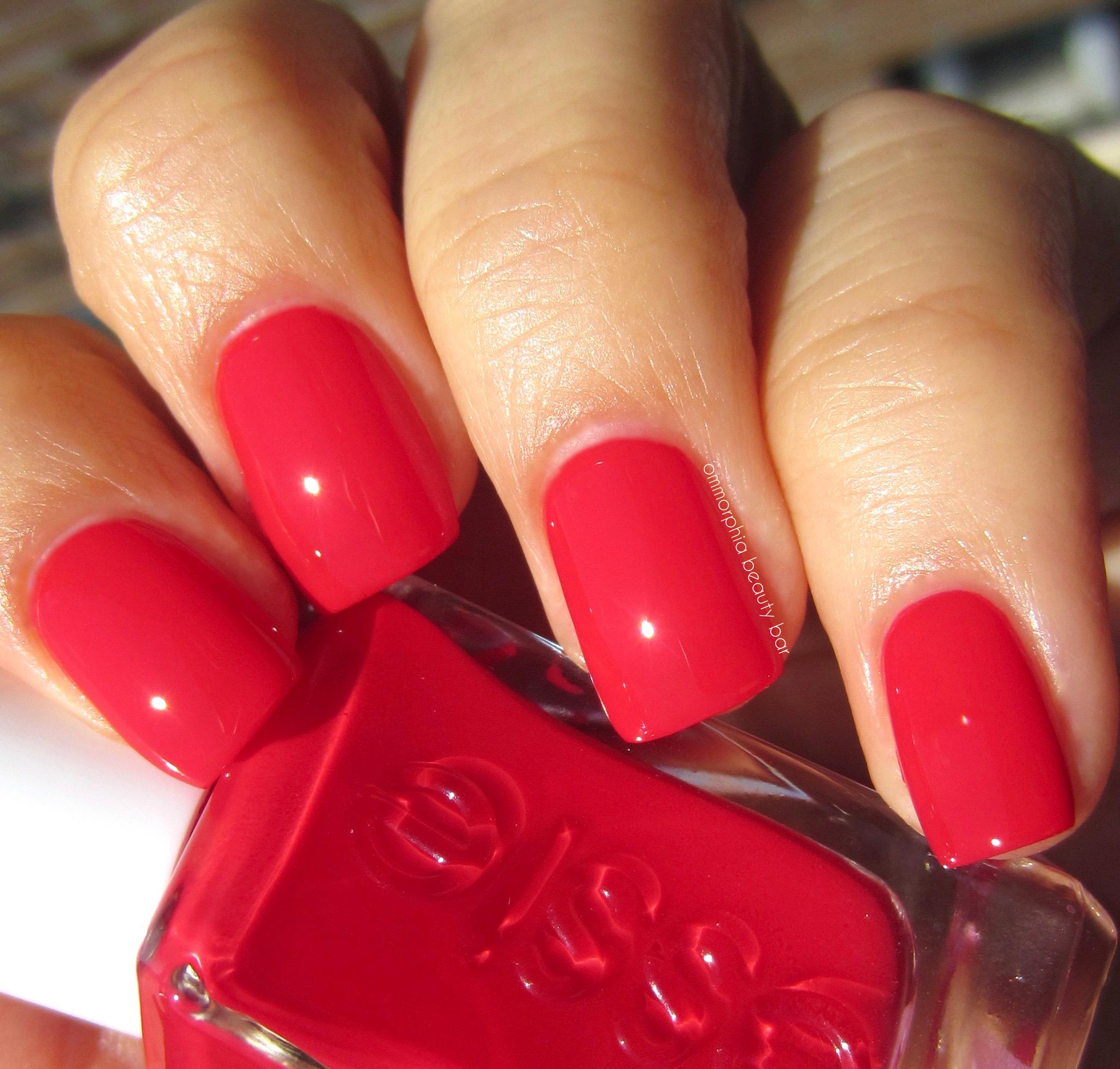 Essie | Gel Couture | ommorphia beauty bar | Bloglovin\'
