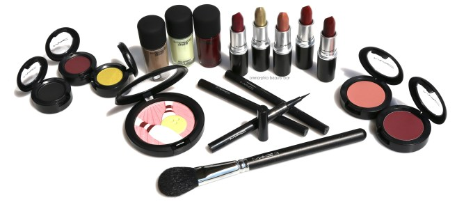 MAC It's A Strike Collection