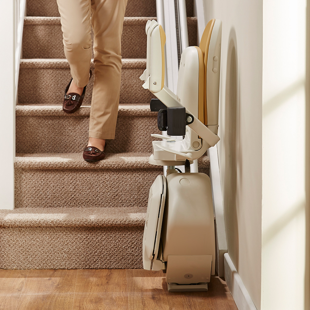 Acorn 130 Stairlift Straight Staircase Omnisurge
