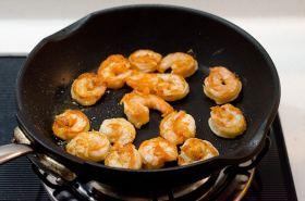 walnut shrimp cup cooking process | Omnivore's Cookbook
