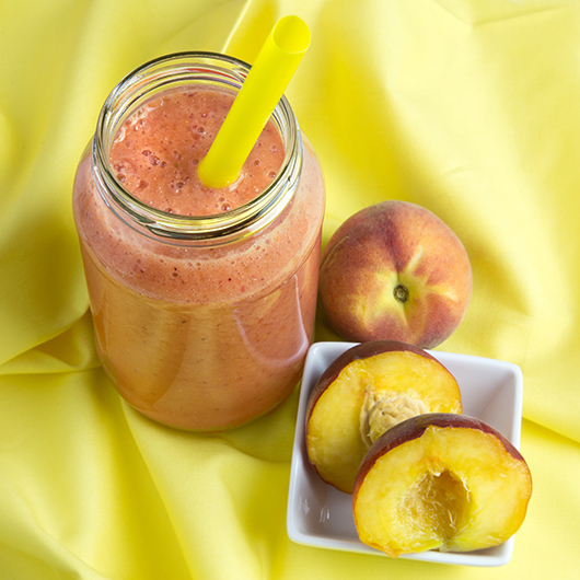 Raspberry and Peach Refresher - Om Nom Ally