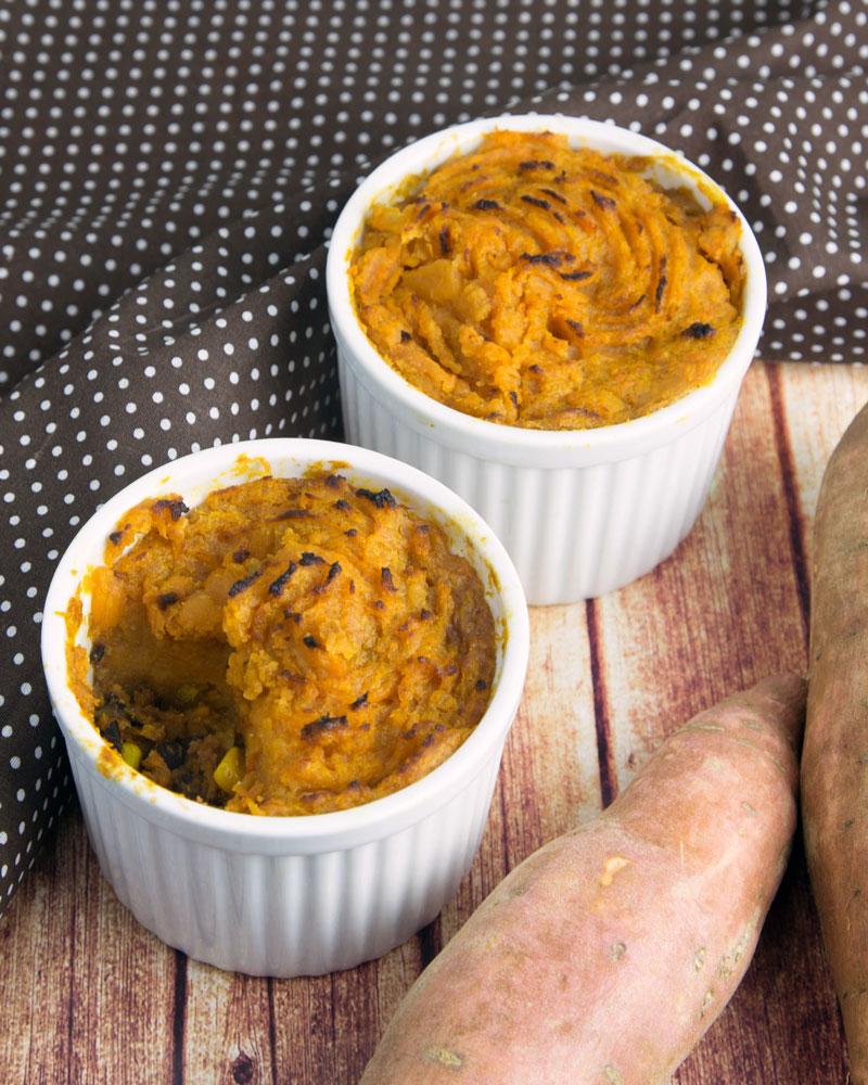 Recipe Redux: Black Bean Chilli Pot Pies with Cumin Sweet Potato Crust @OmNomAlly