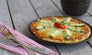 pizza-zucchini-mozzarella
