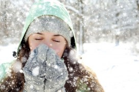 woman-sick-winter