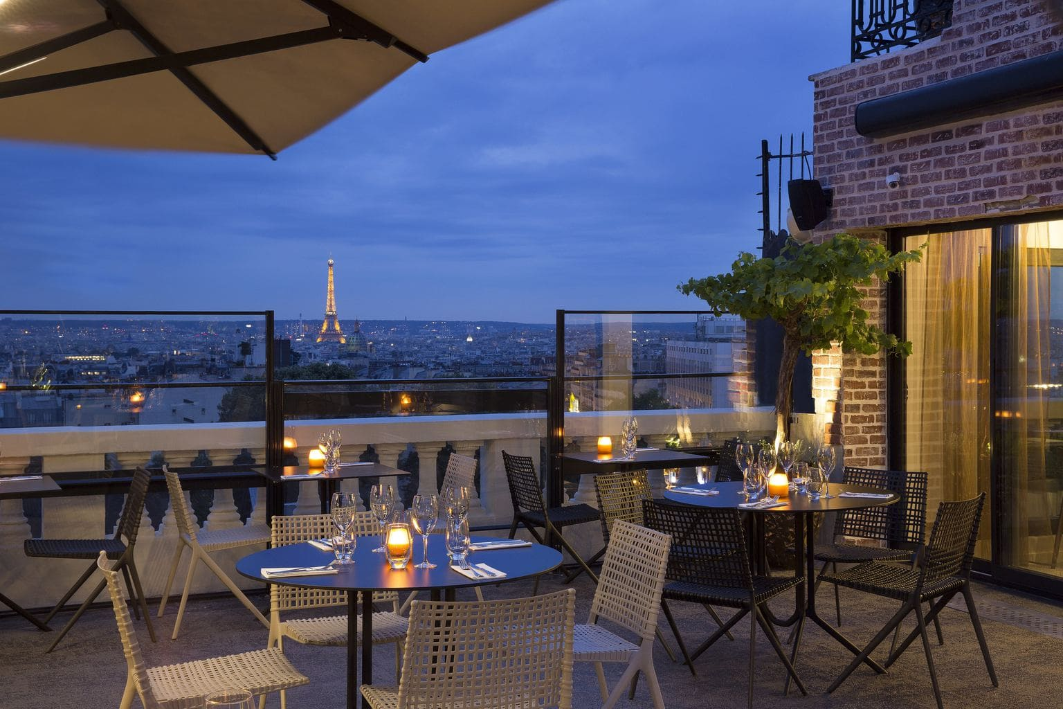 Toit Terrasse Hotel Raphael 5 Rooftop Bars In Paris With The Ultimate Best Views Of The City