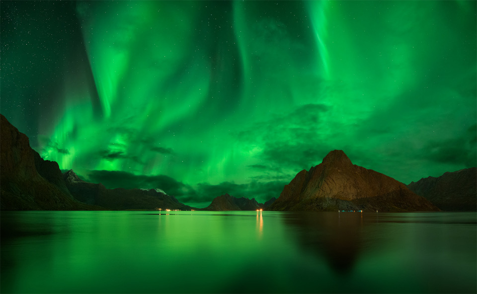 Car Lights Night Wallpaper Amazing Northern Lights Sky Of Lofoten Norway Photo One