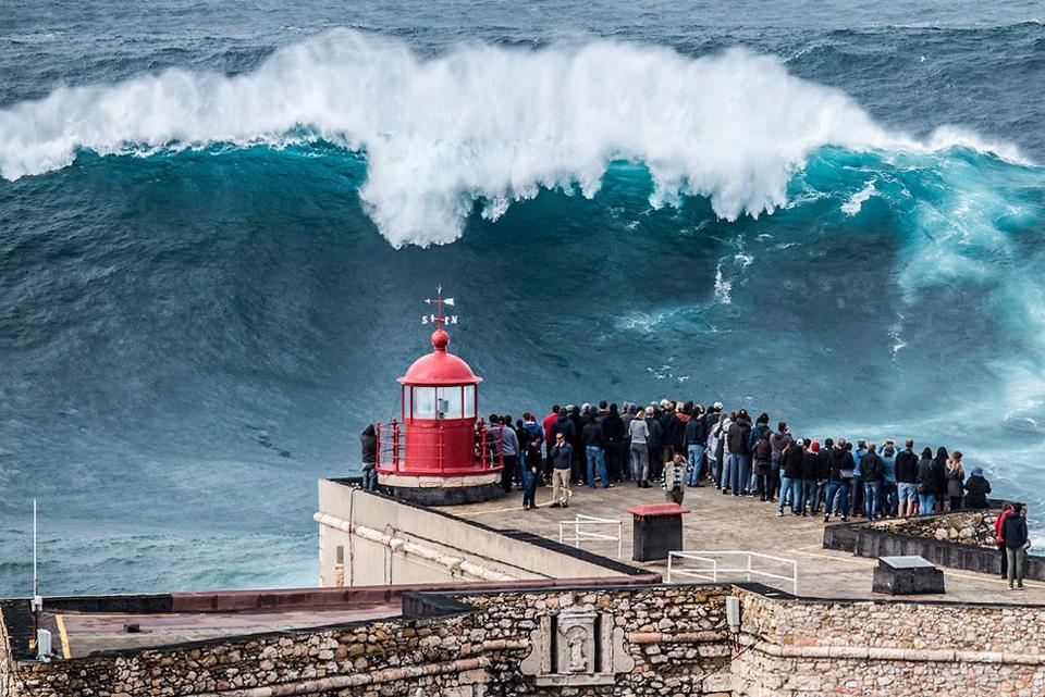 Black Pattern Wallpaper Giant Wave Nazare Portugal Photo One Big Photo