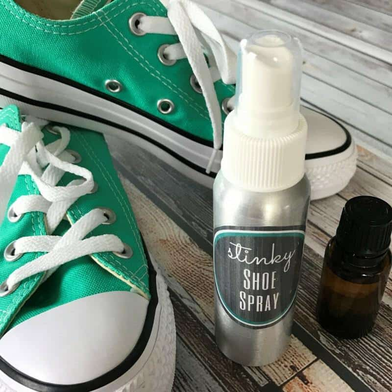 DIY Stinky Shoe Spray - ONE essential COMMUNITY - recipe card