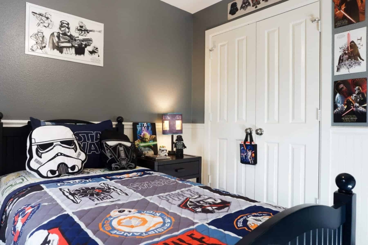 Star Wars Bedroom Ideas Themes Out Of This World Star Wars Bedroom Kids Bedroom Decor