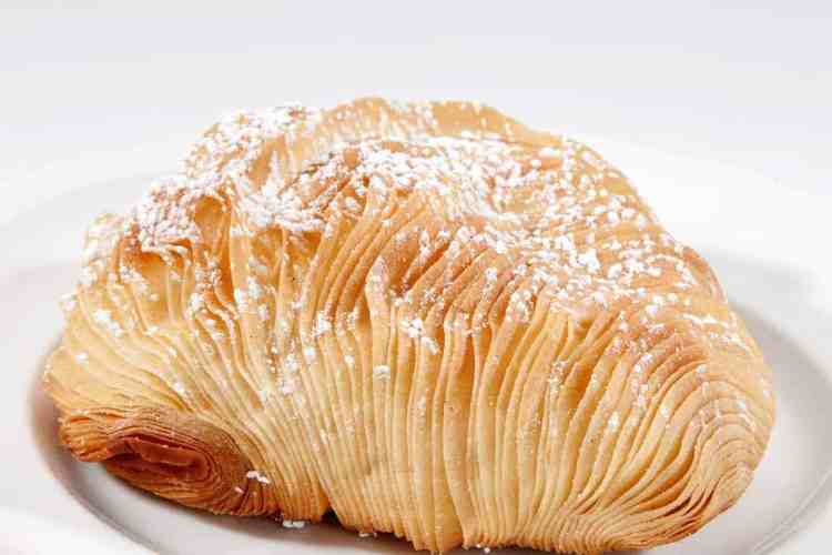 Sfogliatella – Lobstertail Pastry