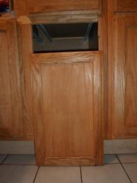 Fixing a Kitchen Cabinet Hinge