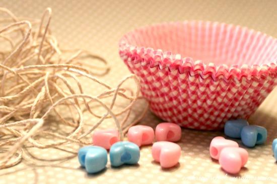 Cupcake liner garland- so easy!