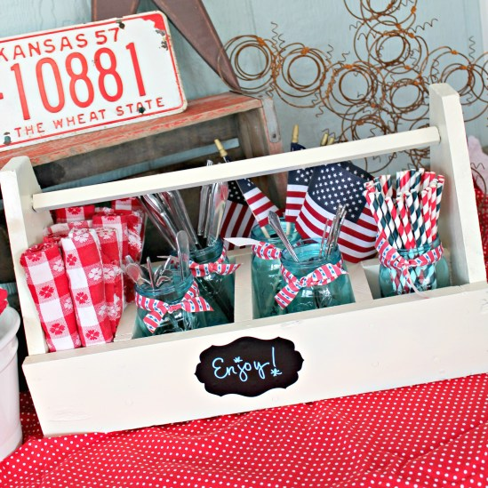 Tool box to entertaining caddy {Onekriegerchick.com}