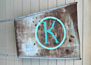 DIY hand painted monogram on old windmill vane {Onekriegerchick.com}
