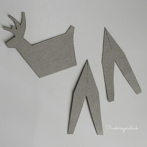 3-D Deer Cutout {Onekriegerchick.com}