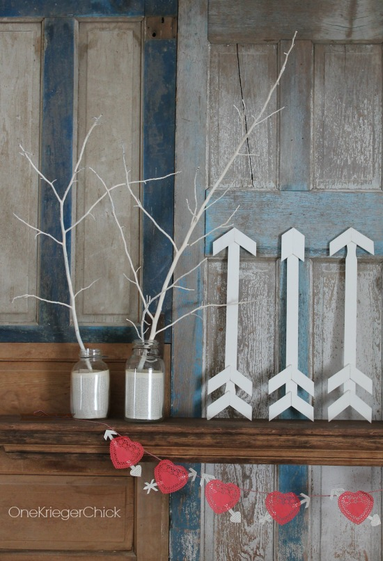 Simple-Handmade-Valentines-Mantle