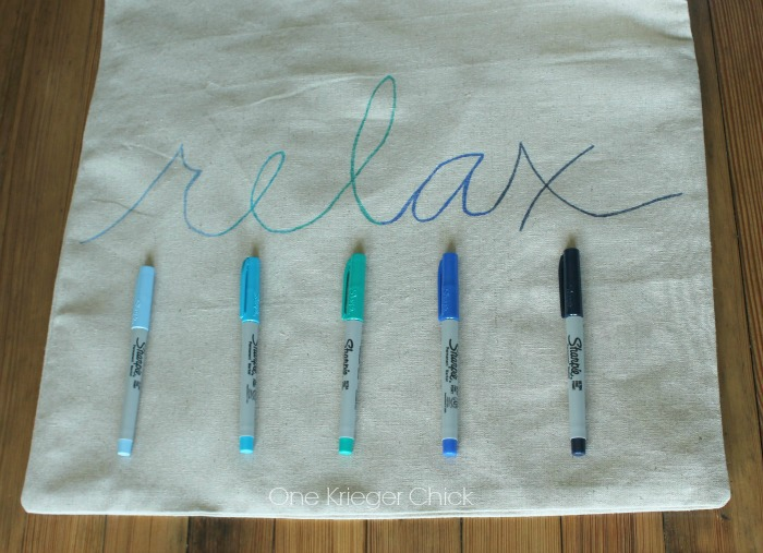 Make-it-Yourself-Pillow-with-Sharpies-in-15-minutes-or-less!