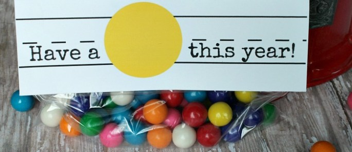 Have a BALL this year {with gumballs!}