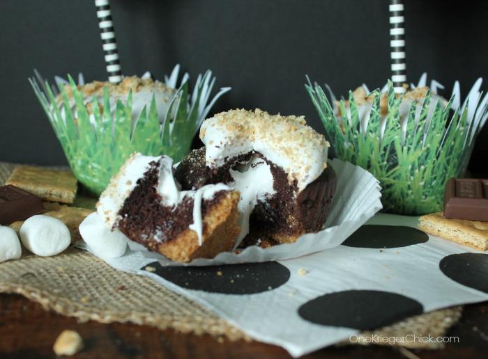 Ooey Gooey S'mores Cupcakes-OneKriegerChick.com