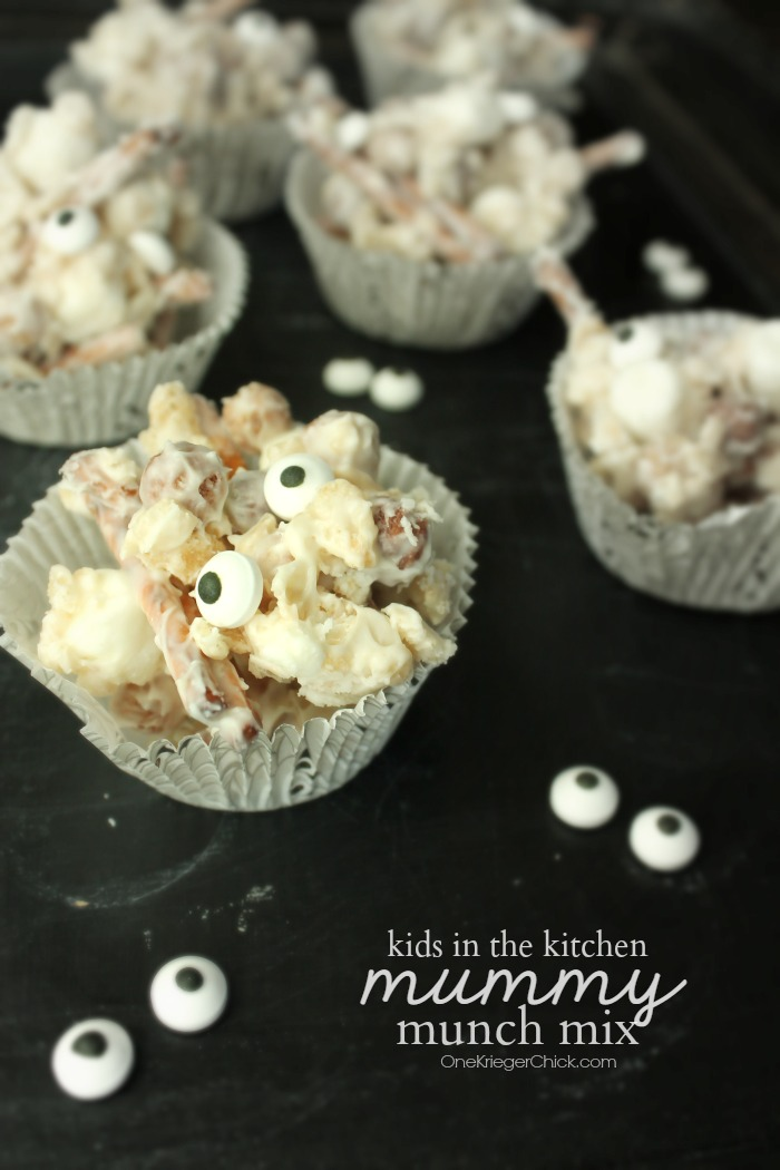Fun recipe for kids!  Mummy Munch Mix- OneKriegerChick.com