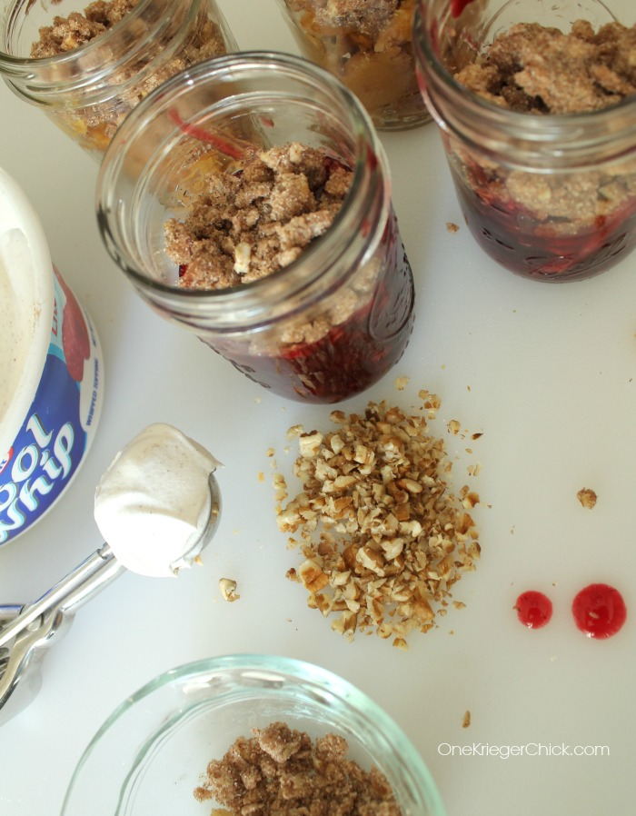 Adding Crumble Topping- pie in a jar- OneKriegerChick.com