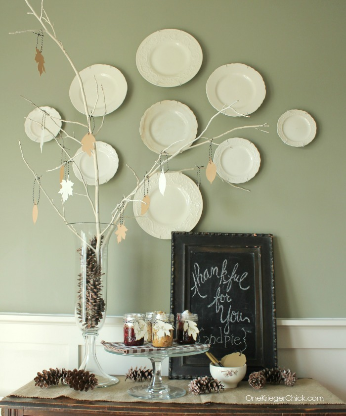 Simple Thankful Tree- Perfect for a holiday gathering- OneKriegerChick.com