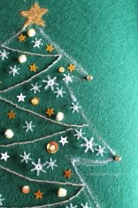 Nostalgic Noel- Vintage inspired tree- OneKriegerChick.com