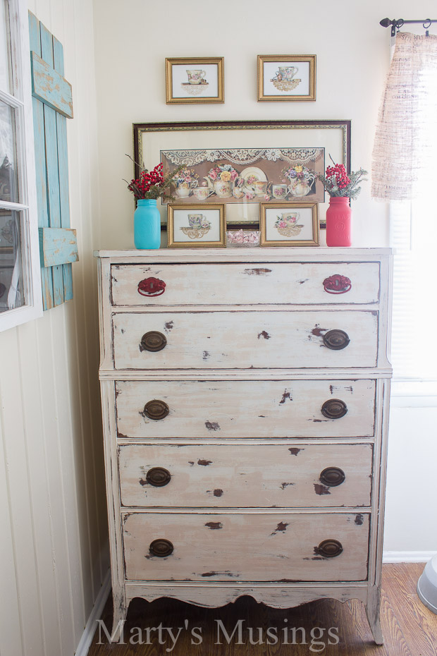 Trash-to-Treasure-Chalk-Painted-Dresser-Martys-Musings-5