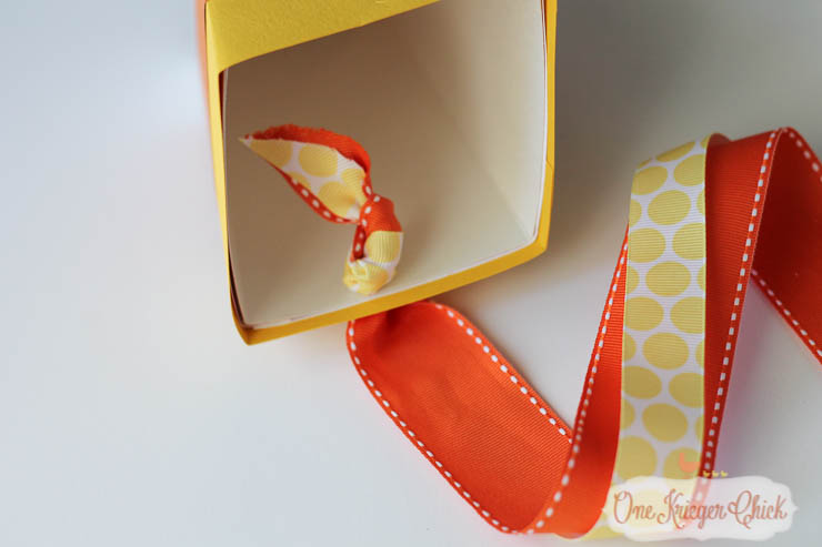 How to make your own Candy Corn Popcorn Box-9- OneKriegerChick