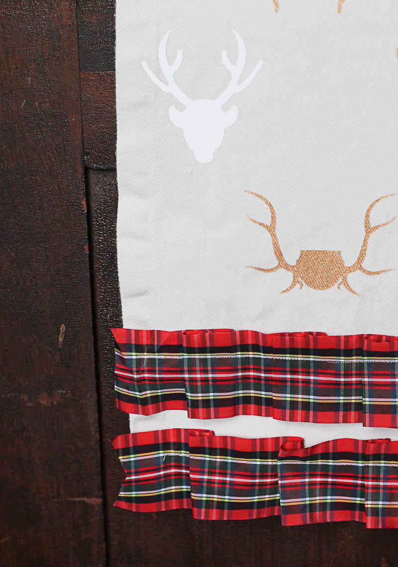 Antler stencil table runner-7- OneKriegerChick.com