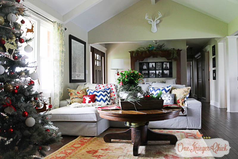A Very Merry Living Room 2015-2-OneKriegerChick Home Tour