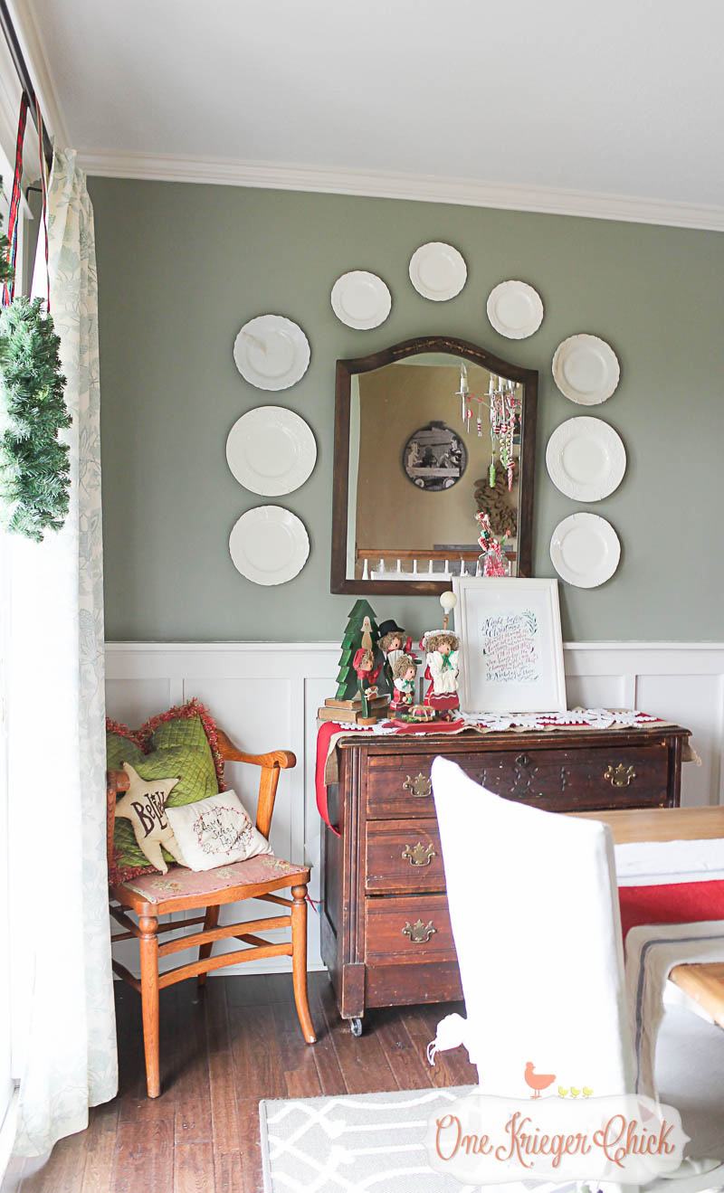 Holiday Dining Room-OneKriegerChick Home Tour