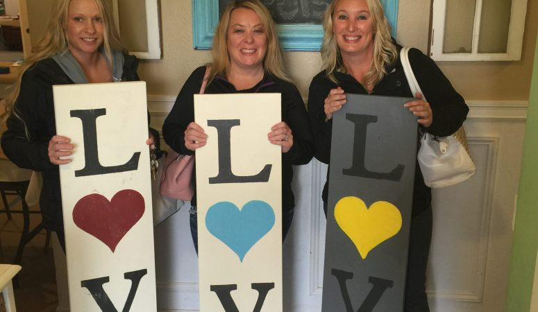 October Craft Club { Reversible Porch Signs }