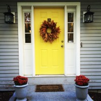 Yellow Front Door | On Hitching Post Lane