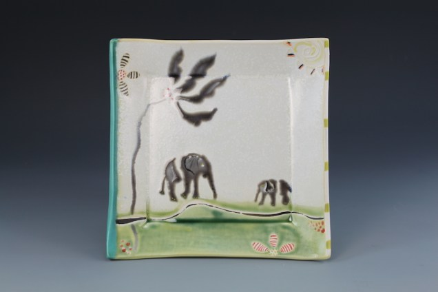 elehpant plate