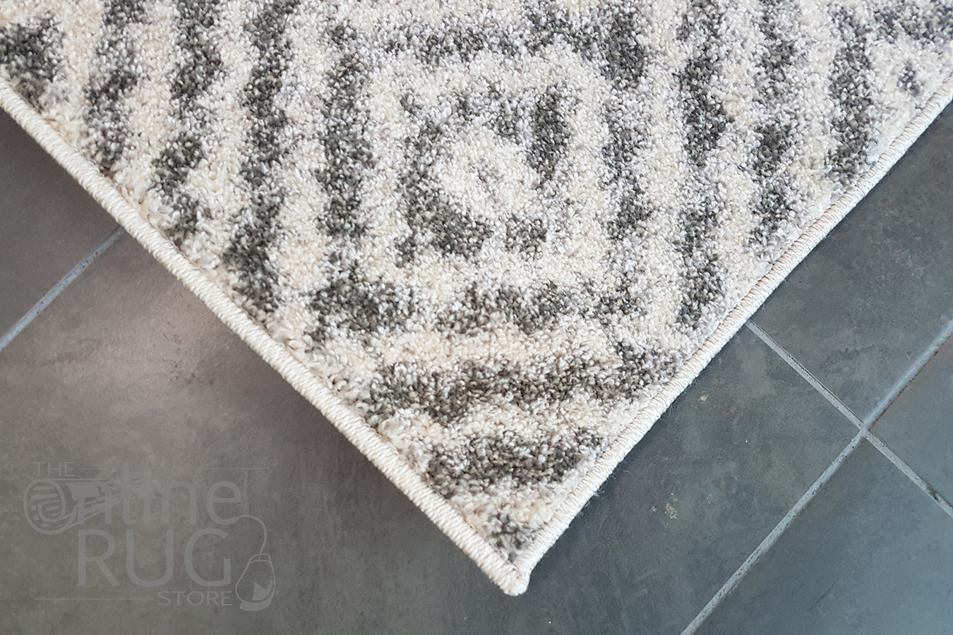 Grey And White Pattern Aspire Grey White Diamond Pattern Rug The Online Rug Store