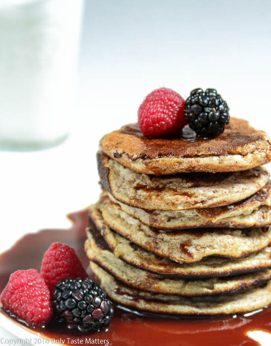 Make your Valentine breakfast in bed...Hazelnut Pancakes with Chocolate Sauce {Paleo}