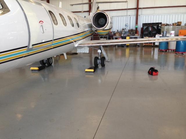 Plane weighing Aircraft weighing On-Site Weight/Balance - Florida