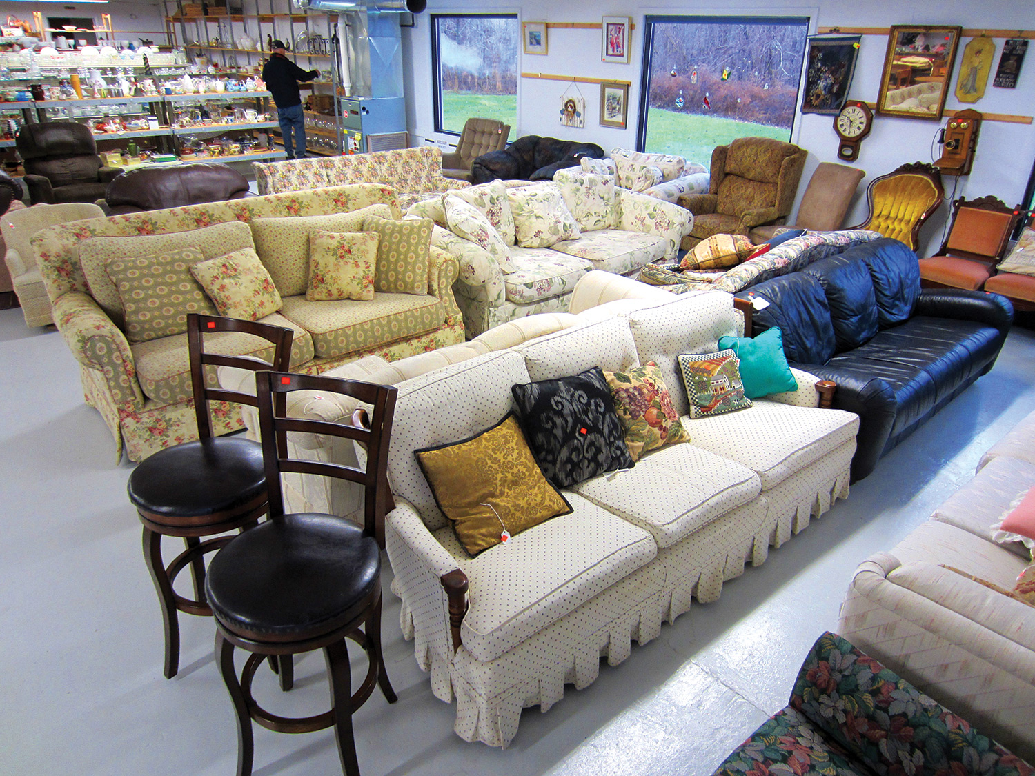Donate Furniture Near Me Pick Up Restore Habitat For Humanity Of Ontario County Ny