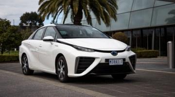 Очередь за водородным седаном Toyota растянулась на годы
