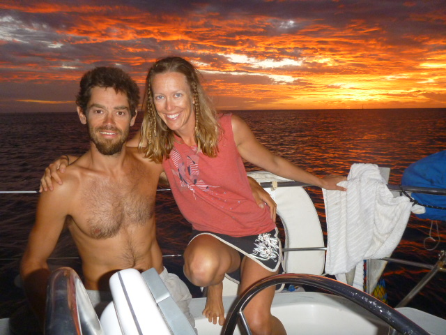 sunset while sailing in polynesia on the horizon line blog brianna randall and rob roberts
