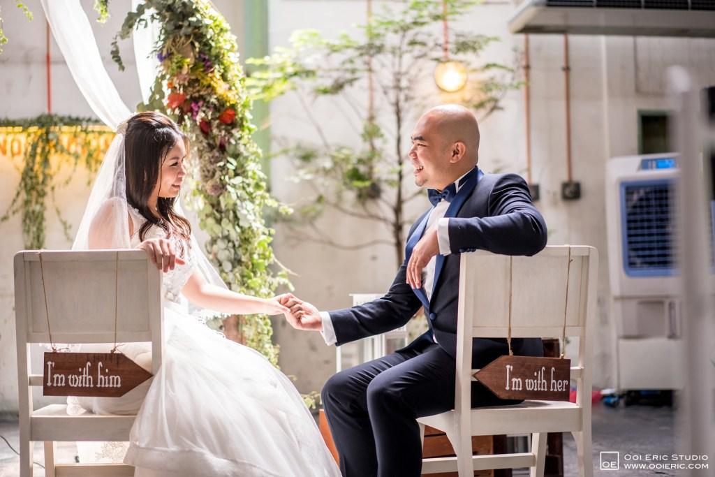 Liang-Pojoo-LiangPojooRingOnIt-Whup-Whup-Restaurant-Cafe-Couple-Portrait-Prewedding-Pre-Wedding-Ceremony-Day-Engagement-Photography-Photographer-Malaysia-Kuala-Lumpur-Ooi-Eric-Studio-45